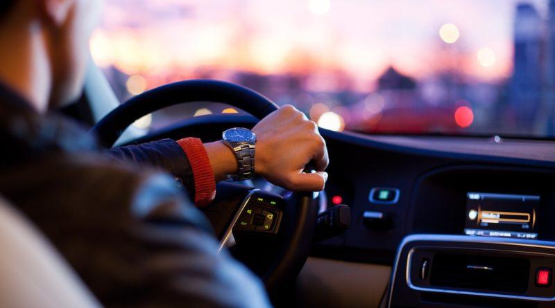 Jak działa pożyczka pod zastawa samochodu